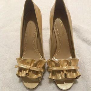 Enzo Angiolini high heels